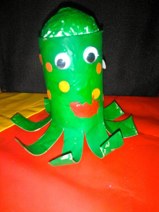Toilet roll octopus