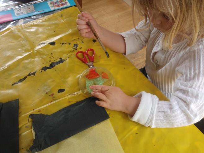 Decorating the suncatchers