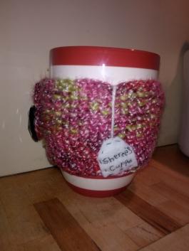 Knitted mug hug