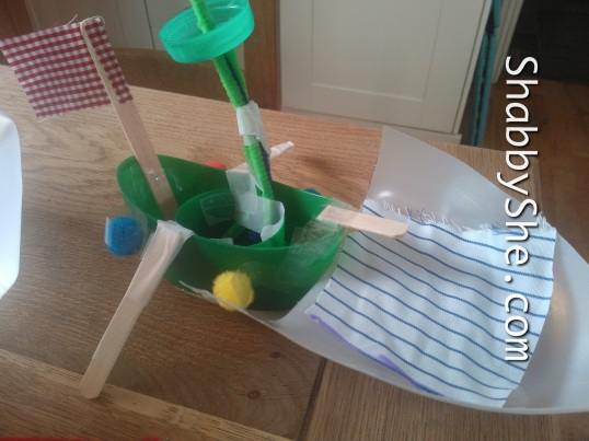 Scrap recycling toy boats